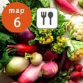2018年10月 うちのふうど+野菜ソムリエ厳選ショップ『旬菜屋』街歩きに有田町産の玉ねぎと原木椎茸をたっぷり使ったイベント限定のあつあつの『ぶたまんちゃん』、人気の野菜たっぷりミネストローネをメインとした軽食セット、無添加パンを販売。その他、県内外の新鮮野菜など、野菜ソムリエの厳選の八百屋をお楽しみください。